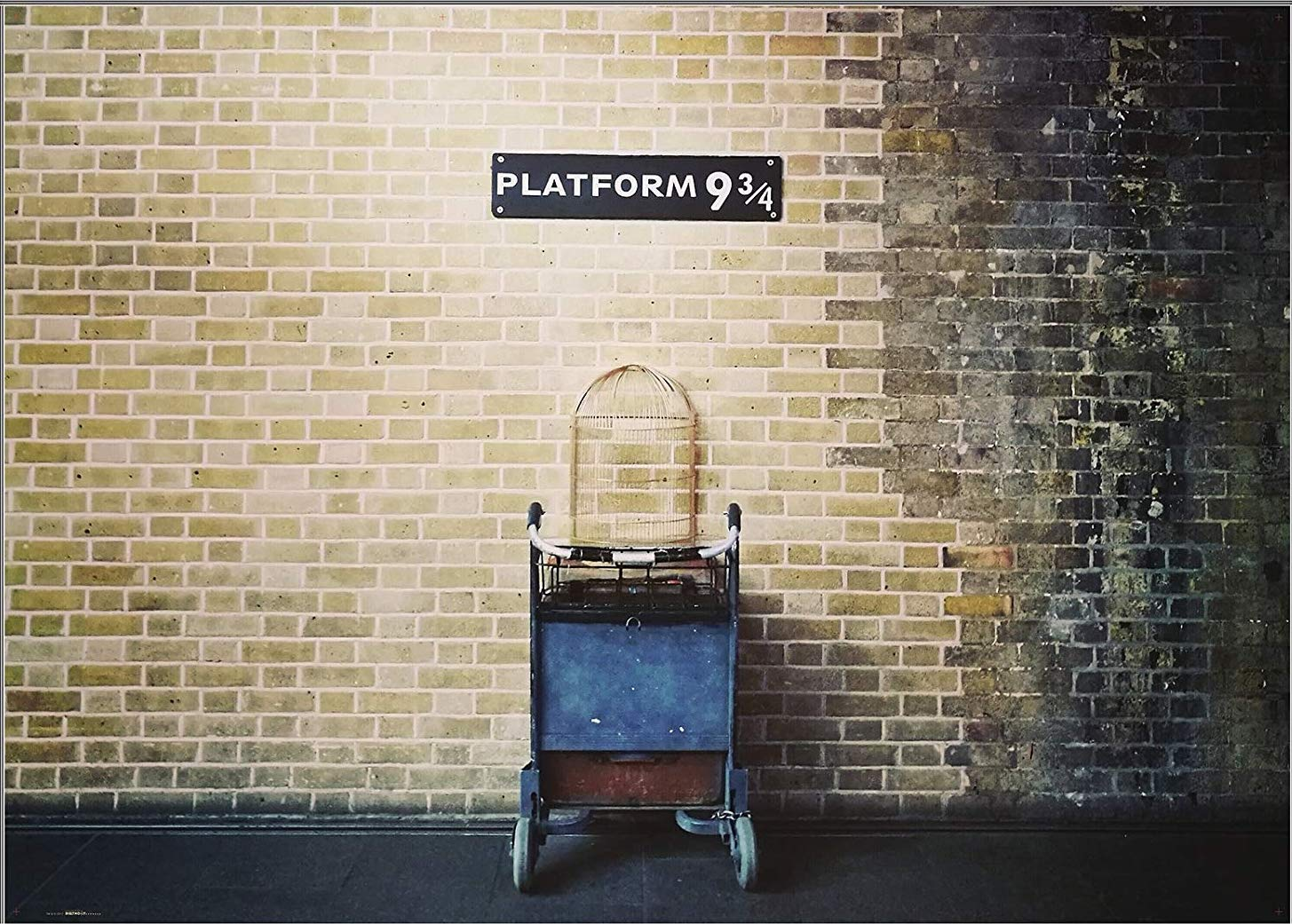 photo of platform 9 and 3/4 in London