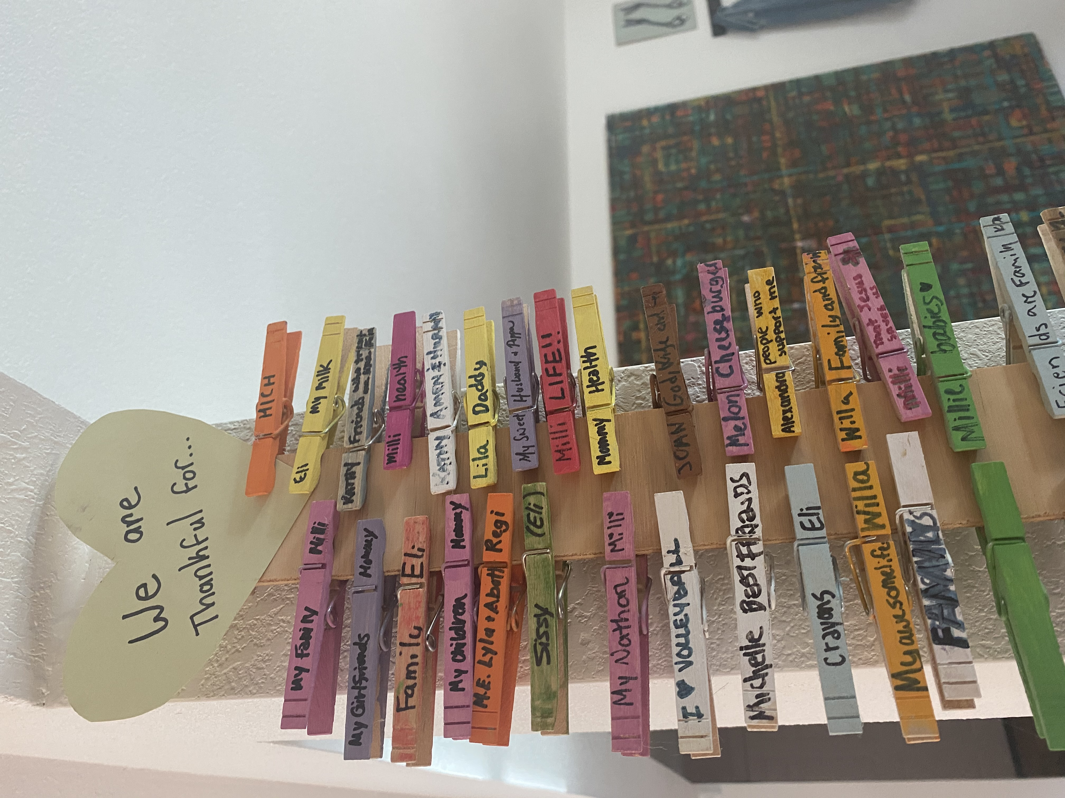 Clothespins with gratitude messages